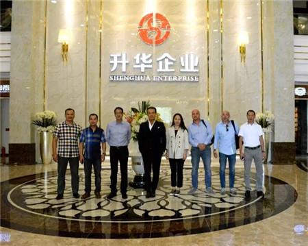 好瓷砖走向世界!意大利著名马赛克公司Sicis董事长一行参观考察升华陶瓷企业